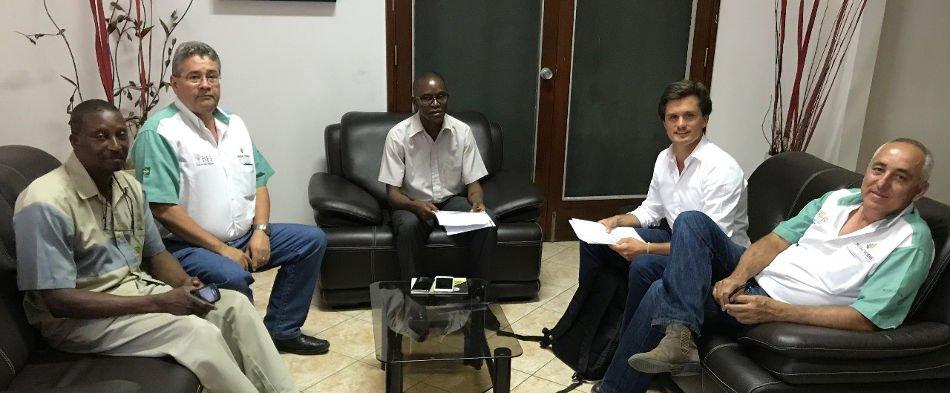 Mudas Nobres leva plantio de Mogno Africano à Moçambique